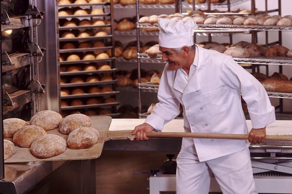 Пекарь, работа в Польше